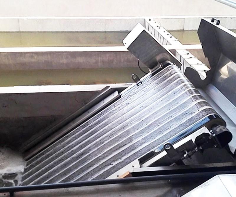 SMART Aqua Tail Water Filter